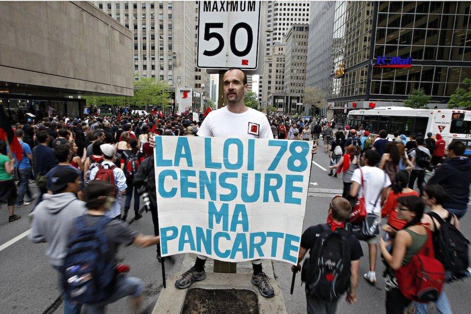 Puisque les étudiants protestataires ont choisi l'arbitrage judiciaire,... (PHOTO : ALAIN ROBERGE, LA PRESSE)