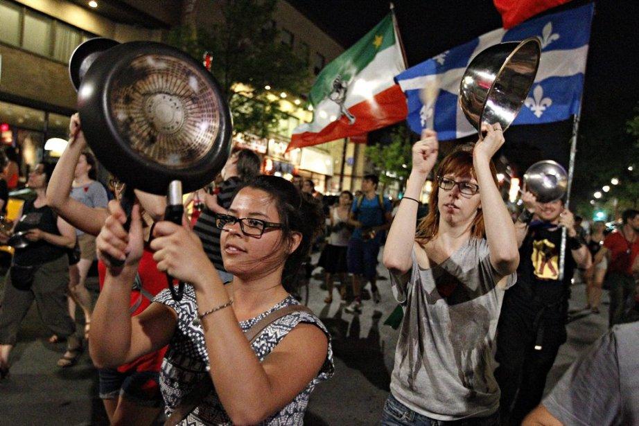 La 31e manifestation nocturne à Montréal... | 2012-05-24 00:00:00.000