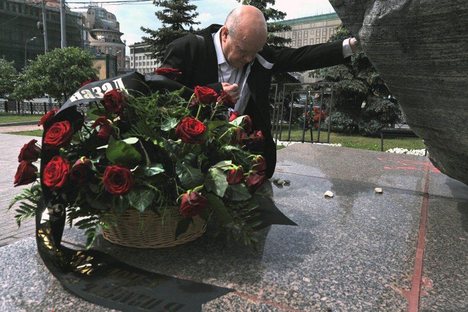 De modestes célébrations ont marqué samedi le... (Photo : Andrey Smirnov, AFP)
