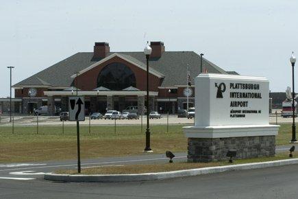 L'aéroport international de Plattsburgh.... (Photo: Rémi Lemée, archives La Presse)