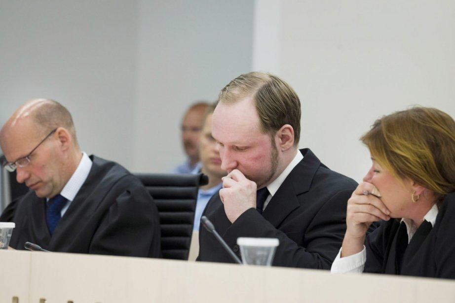 Anders Breivik (au centre) a écopé de la... (Photo: Heiko Junge, Reuters)