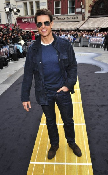 Tom Cruise à la première de Rock of Ages à... | 2012-06-12 00:00:00.000
