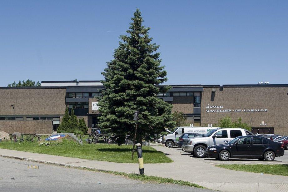 L'école Cavelier-de-LaSalle. Un enseignant en a été congédié... (PHOTO : GRAHAM HUGHES, LA PRESSE CANADIENNE)
