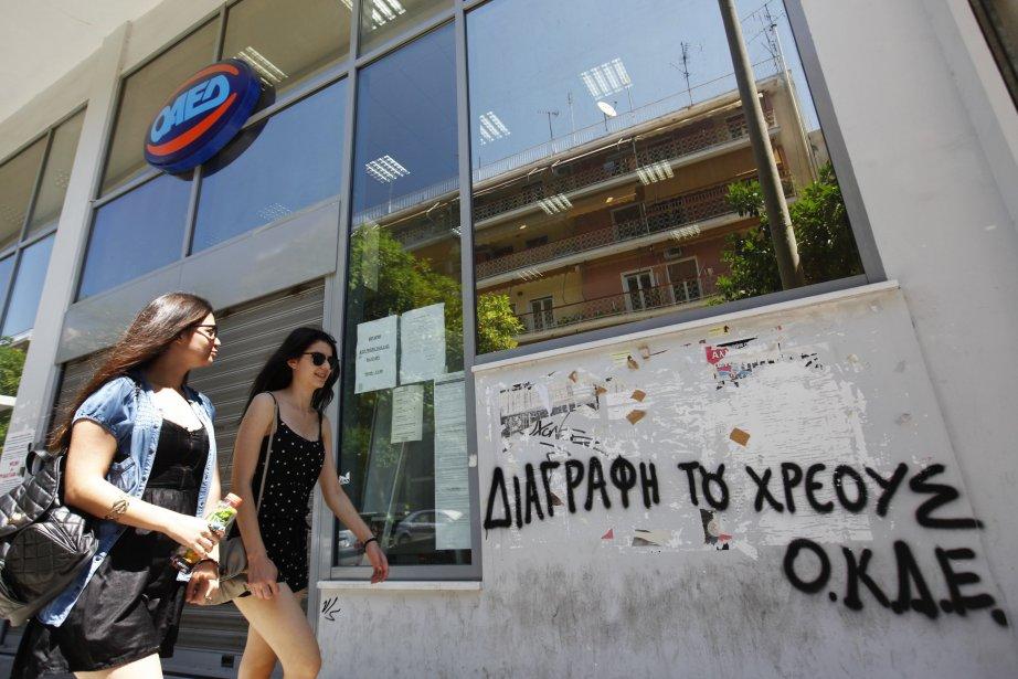 La Grèce s'est engagée «à poursuivre ses efforts»... (PHOTO : YORGOS KARAHALIS, REUTERS)