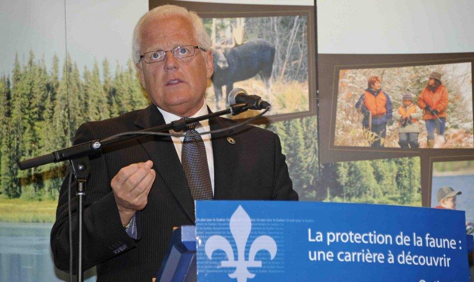 Le ministre responsable du Saguenay-Lac-Saint-Jean,  Serge Simard.... (Photo Gimmy Desbiens)