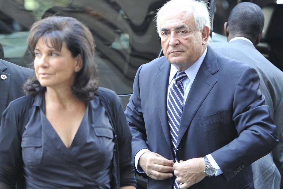 Anne Sinclair et Dominique Strauss-Kahn en août 2011.... (Photo: Mladen Antonov, AFP)