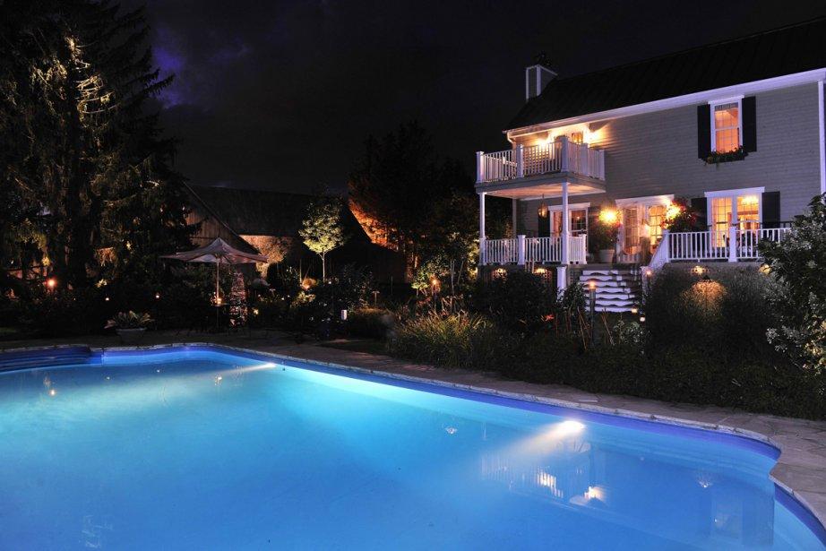 Une belle illumination nous invite à rester dehors. (Photo fournie par Services paysagers Dominique Filion)