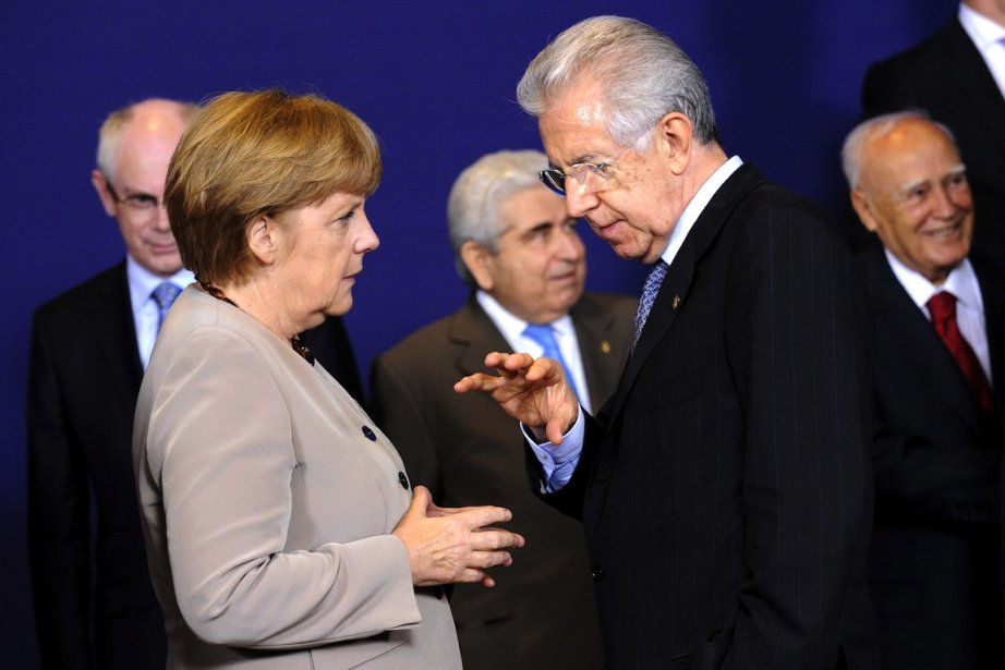 La chancellière allemande Angela Merkel a discuté avec... (PHOTO : JOHN THYS, AGENCE FRANCE-PRESSE)