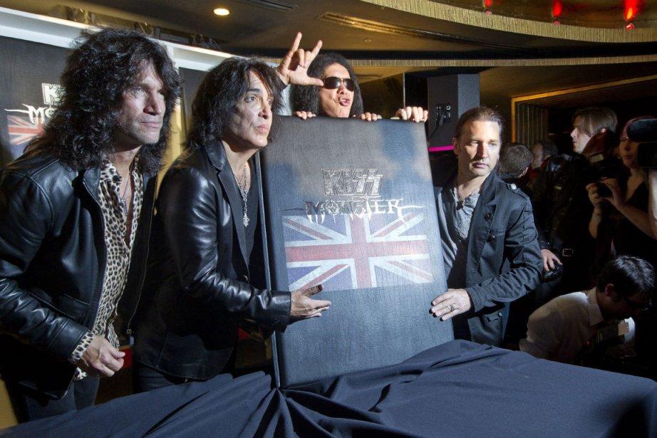 Les rockeurs du groupe KISS ont présenté mardi... (Photo: AP)