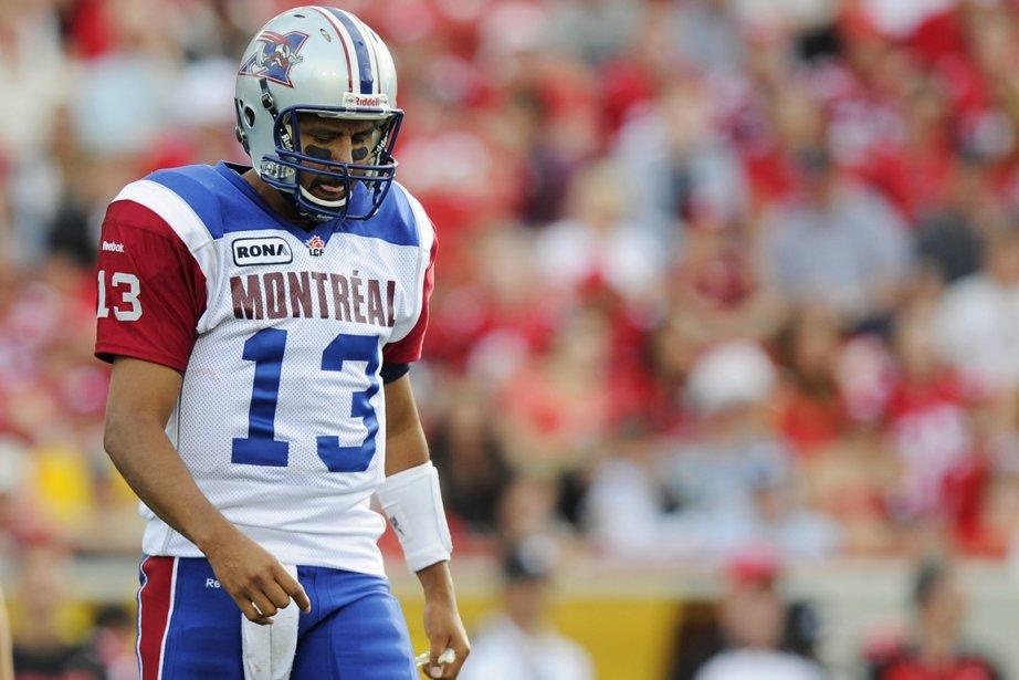 Victime de deux interceptions dimanche à Calgary, Anthony... (Photo: Reuters)