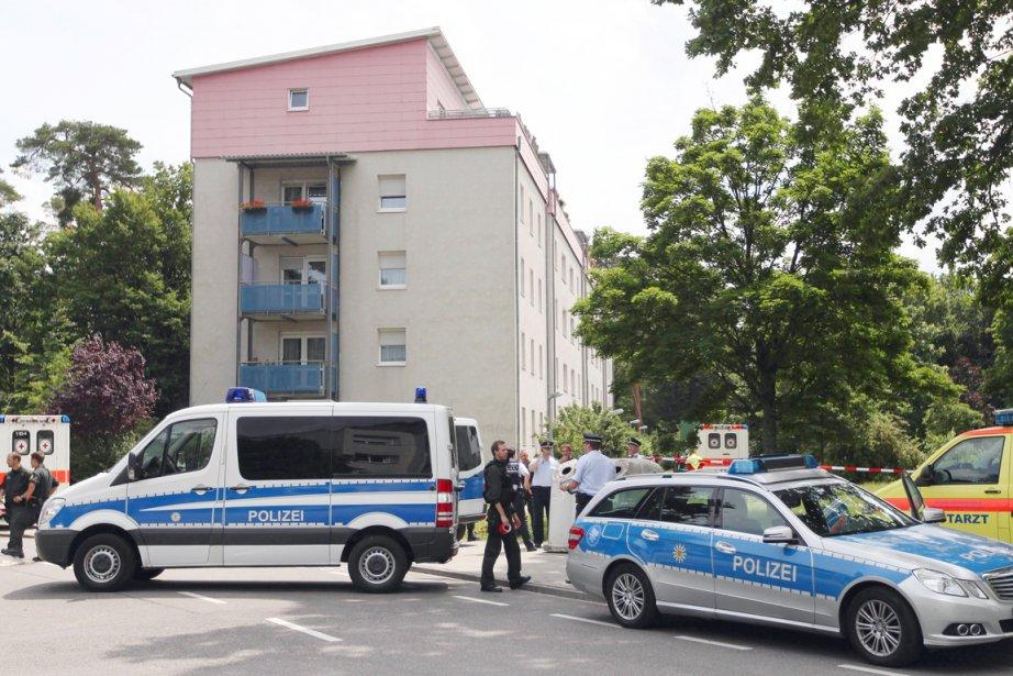 L'auteur de cette prise d'otages, qui semble-t-il s'opposait... (Photo: Daniel Roland, AFP)