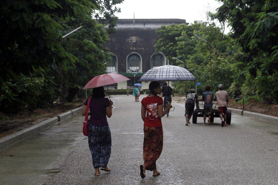 Scène quotidienne en Birmanie.... (Photo Khin Maung Win, AP)