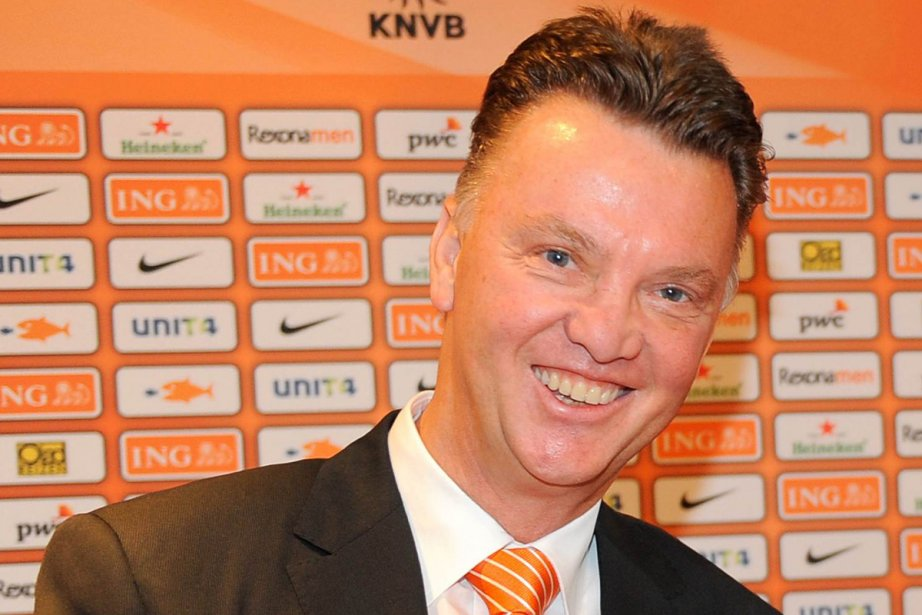 Louis van Gaal a signé un contrat courant... (Photo: Reuters)
