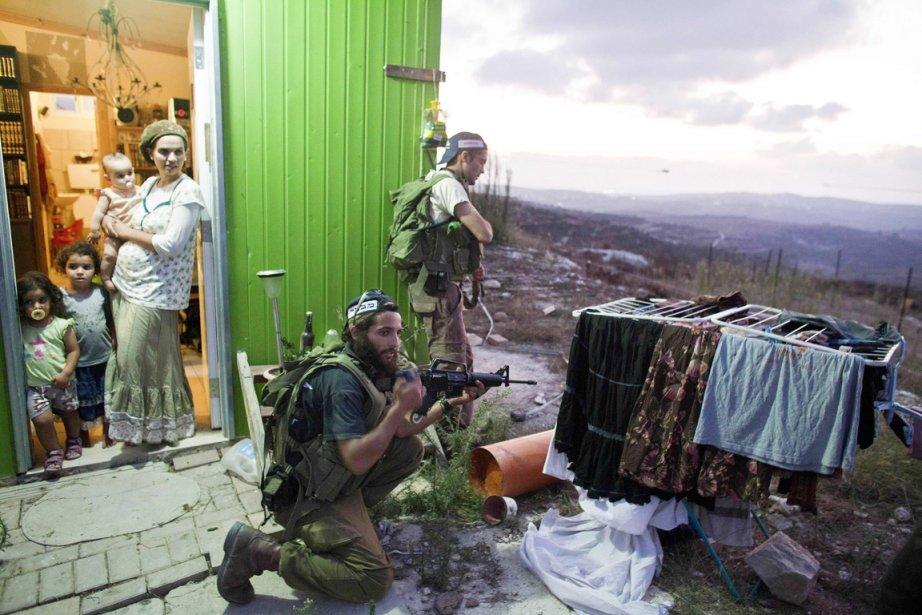 Des colons deHavat Gilad, près de Naplouse en... (Photo: Nir Elias, Archives Reuters)