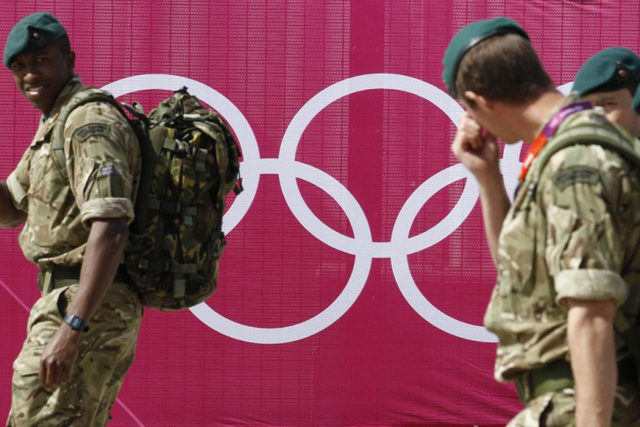 Le gouvernement britannique a sonné le branle-bas de combat... (Photo Reuters)