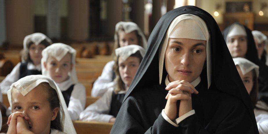 Madeleine Péloquin dans une scène de Pour l'amour... (Métropole Films)