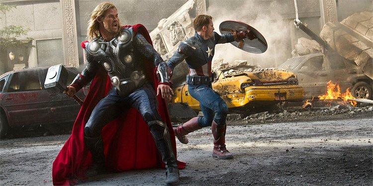 Les superhéros d'Avengers restent largement en tête du box-office...