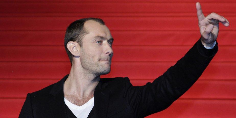 Jude Law... (AP)