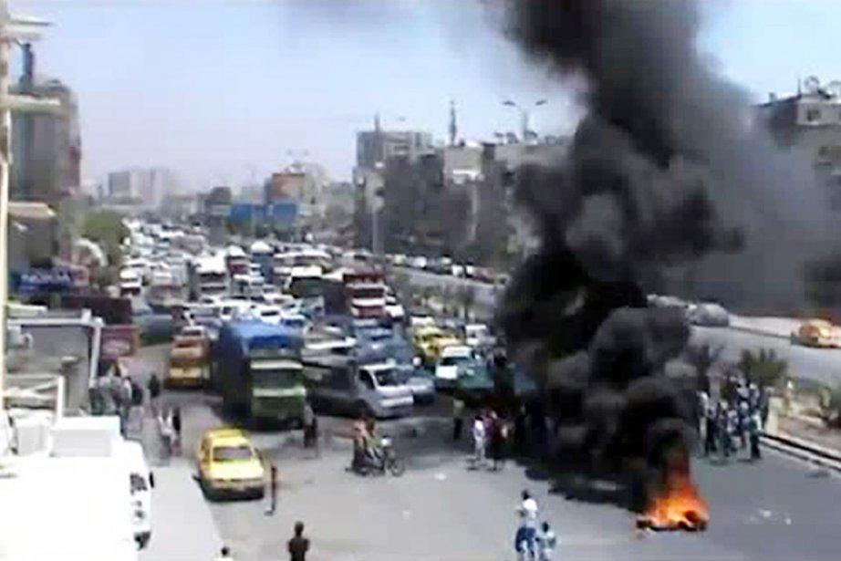 Cette image tirée d'une vidéo diffusée, le 16... (PHOTO AFP/YOUTUBE)