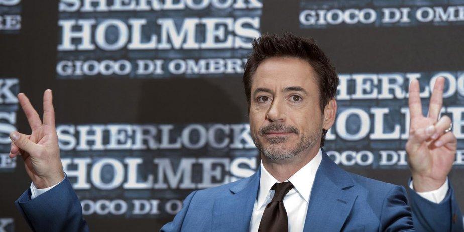 Robert Downey Jr. est un showman. Il vole systématiquement la vedette dans les...