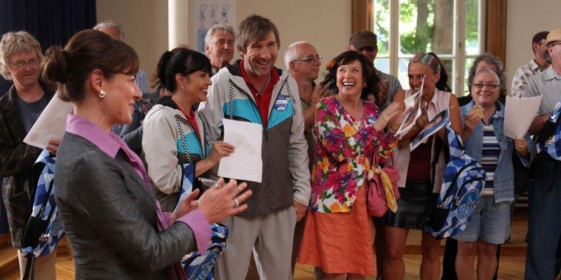 Comédie réalisée par Kevin Tierney. Avec Pascale Bussières, Colm Feore, Yves...