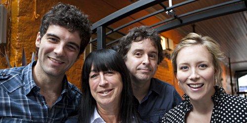 Le comédien David Savard, la productrice Nicole Robert,... (Photo François Roy, La Presse)