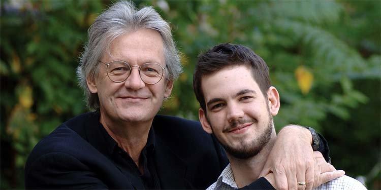David Gilmour et son fils Jesse, photographiés en... (PC)