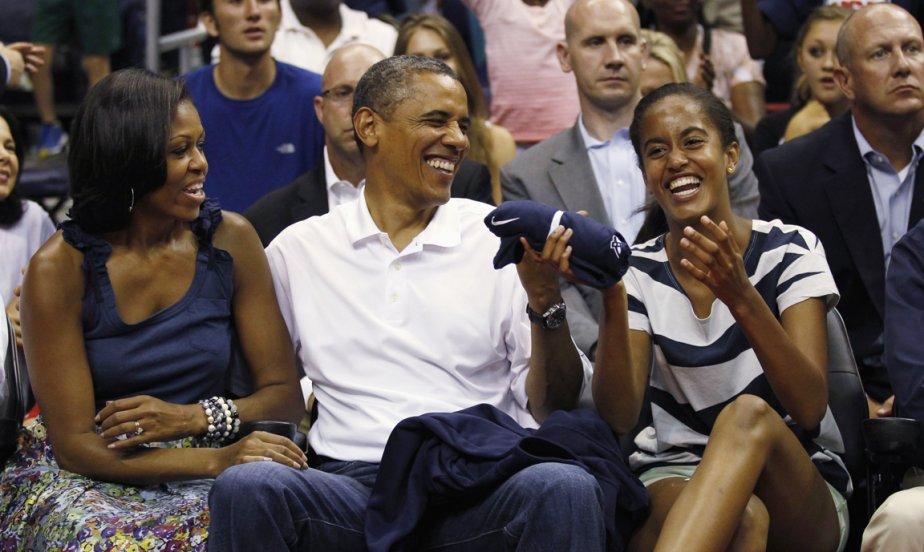 Michelle et Barack Obama ont eu le droit aux railleries de leur adolescente de 14 ans. | 17 juillet 2012