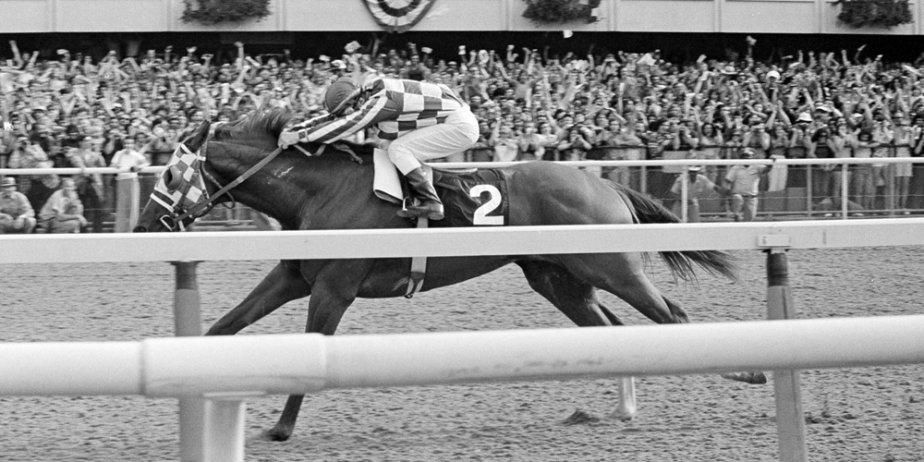 Le jockey Ron Turcotte sur le cheval Secretariat.... (AP)