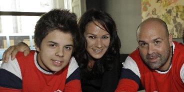 Sandrine Bisson entourée de Jean-Carl Boucher et Ricardo... (Robert Mailloux, La Presse)