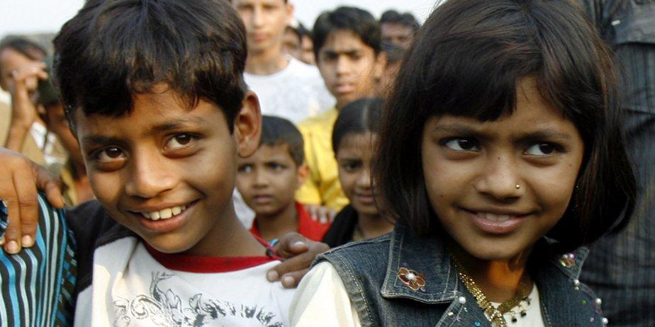 Azharuddin Ismail et Rubina Ali.... (Reuters)