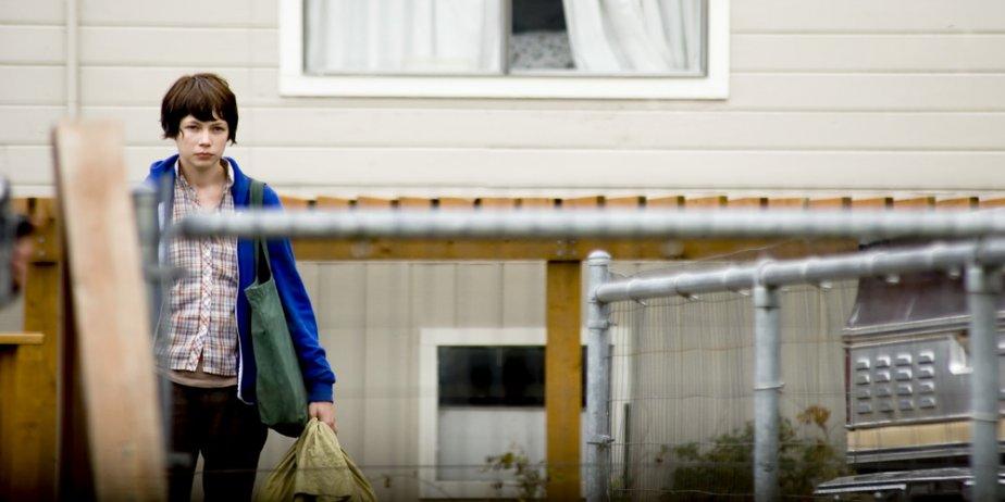 Wendy se rend en Alaska avec sa chienne Lucy où elle espère... (Mongrel Media)