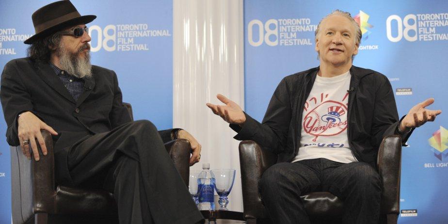 Le réalisateur Larry Charles (à gauche) et le... (AP)