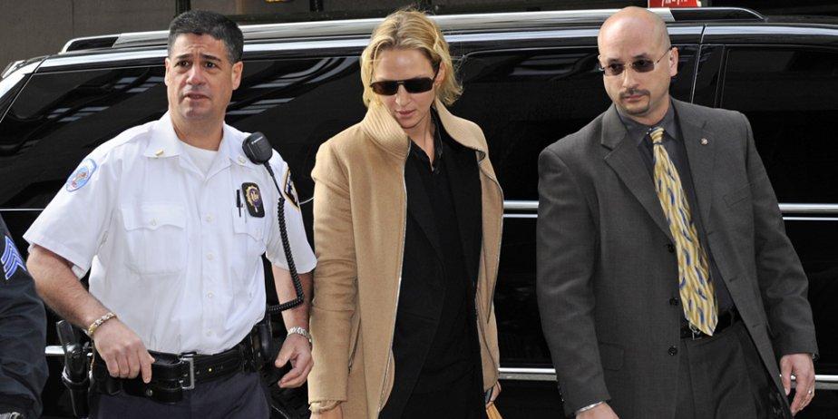 Uma Thurman à son arrivée à la Cour... (AP)