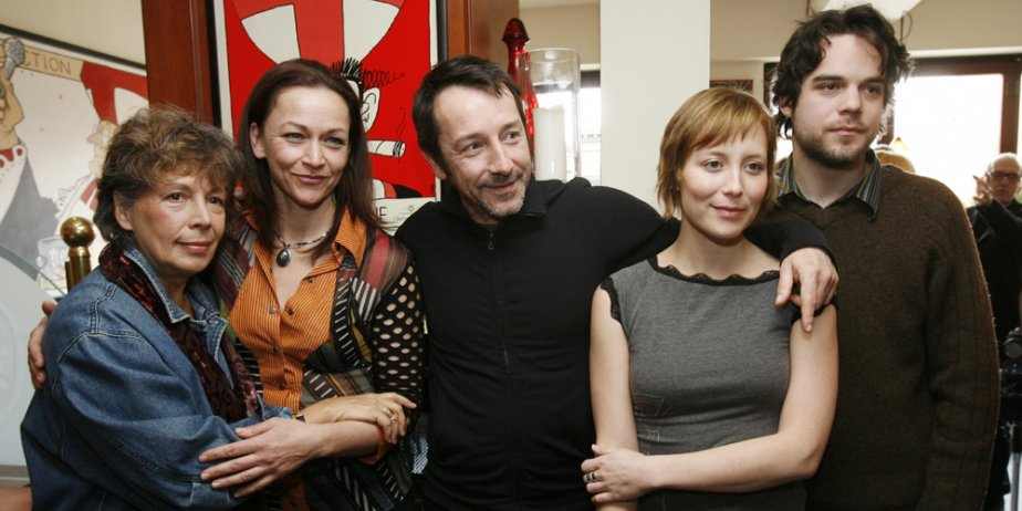 Les comédiens du film Borderline : Angèle Coutu,... (Robert Skinner, La Presse)