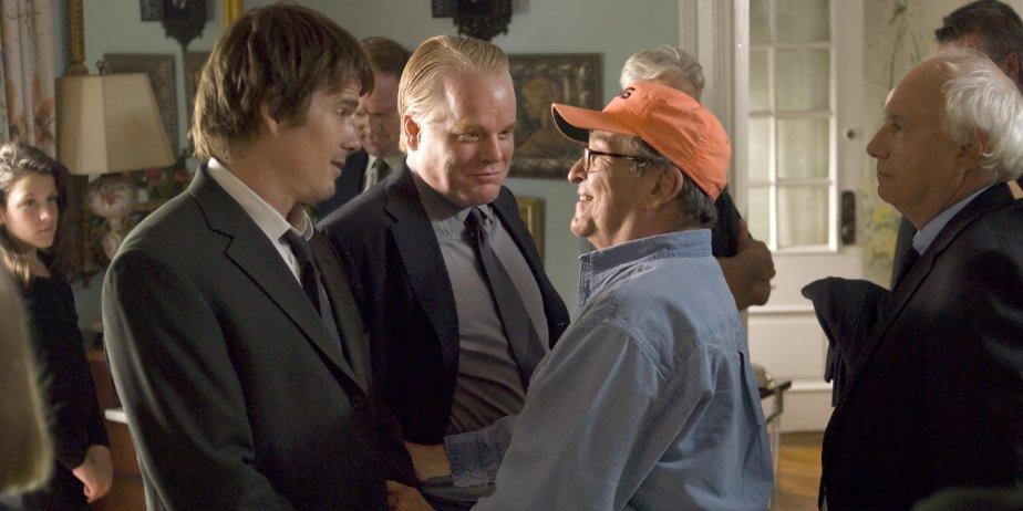 Ethan Hawke et Philip Seymour Hoffman en compagnie... (Larry Watson)