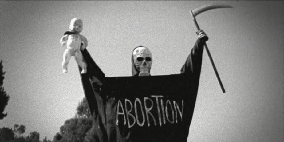 L'avortement fait l'objet d'un documentaire réalisé par le metteur en... (AFP)
