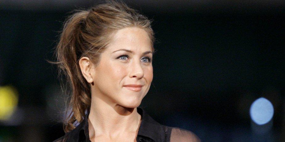 Jennifer Aniston... (Reuters)