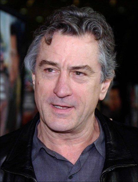 Voyager a permis à Robert De Niro de célébrer son anniversaire deux fois....