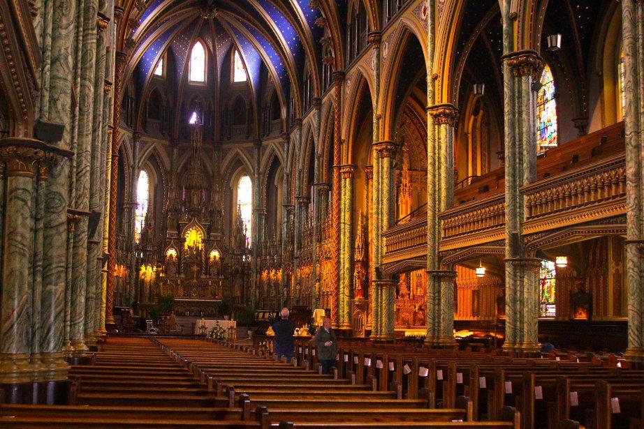 Cathédrale Notre-Dame. Construction: débute en 1844. Architecte: Georges Bouillon... | 2012-07-18 00:00:00.000