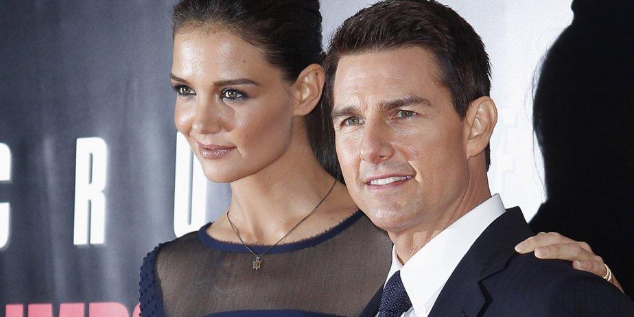 Katie Holmes et Tom Cruise en des temps... (archives Reuters)