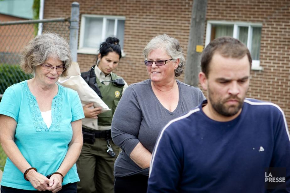 De gauche à droite: Ginette Duclos, 61 ans,... (PHOTO MARCO CAMPANOZZI, ARCHIVES LA PRESSE)