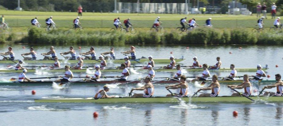 Les équipes d'aviron des Pays-Bas, d'Allemagne, du Canada et de la Grande-Bretagne. | 28 juillet 2012