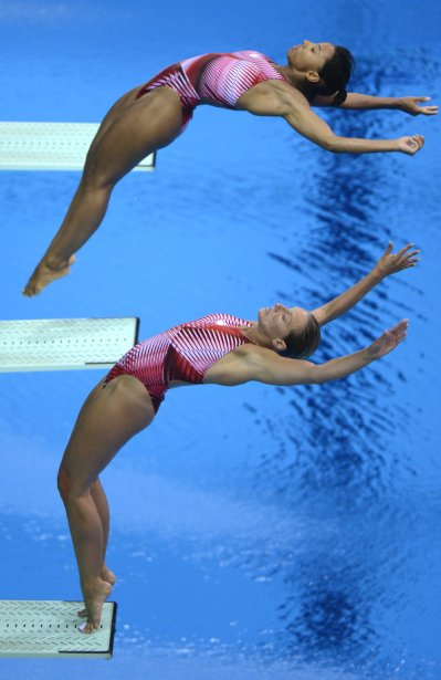 Plongeon 3M synchronisé femmes: Émilie Heymans et Jennifer Abel ravissent le bronze. | 29 juillet 2012
