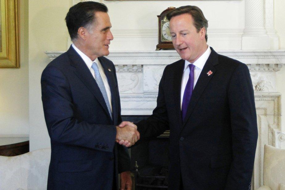 Mitt Romney en compagnie du premier ministre britannique David Cameron. | 30 juillet 2012