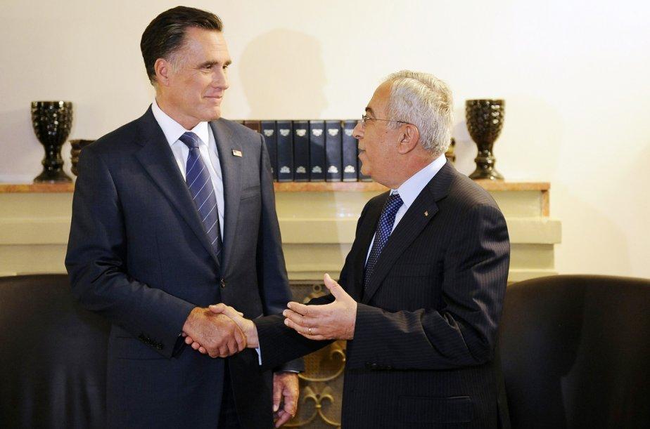 Mitt Romney a profité de son passage à Jérusalem pour rencontrer le premier ministre de l?Autorité palestinienne Salam Fayyad. En déclarant être ému de se retrouver à Jérusalem «la capitale d?Israël» et en louangeant la «vitalité économique» de l?État hébreu (une déclaration jugée raciste par le négociateur palestinien Saëb Erakat), le candidat républicain à la Maison-Blanche ne s?est pas fait beaucoup d?amis du côté palestinien. | 30 juillet 2012