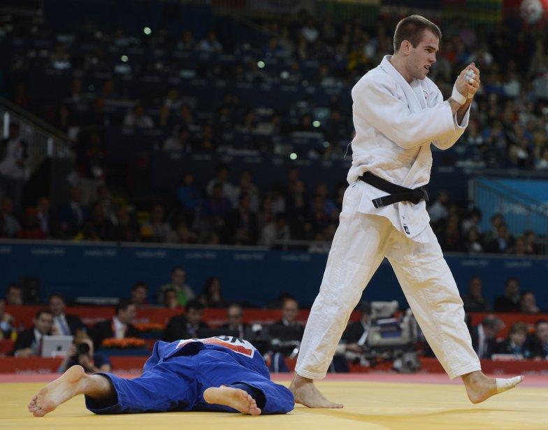 Le Québécois Antoine Valois Fortier a défait le Britannique Evan Burton au judo. | 31 juillet 2012