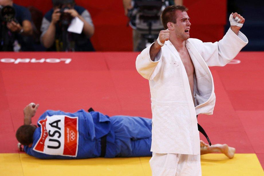 Le judoka québécois Antoine Valois-Fortier a totalement dominé... (Photo: Reuters)