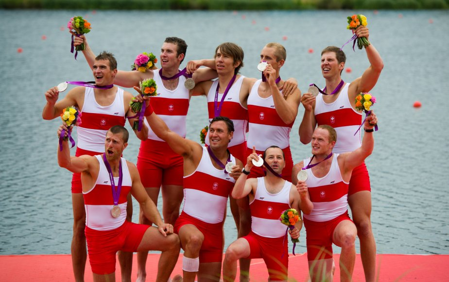 Le huit de pointe canadien a gagné la médaille d'argent en aviron. | 1 août 2012