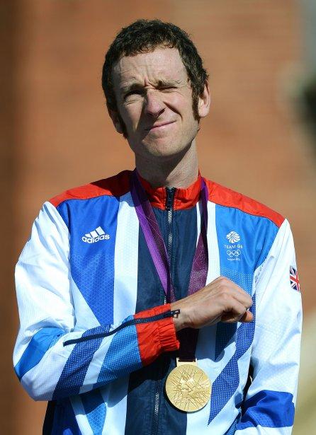Bradley Wiggins a ajouté une médaille d'or olympique au contre-la-montre à son triomphe le mois dernier au Tour de France. | 1 août 2012